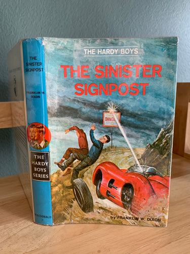 The Hardy Boys - The Sinister Signpost