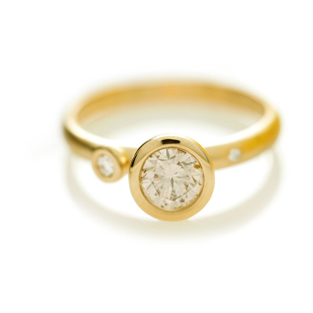 Confetti Ring - Yellow Gold