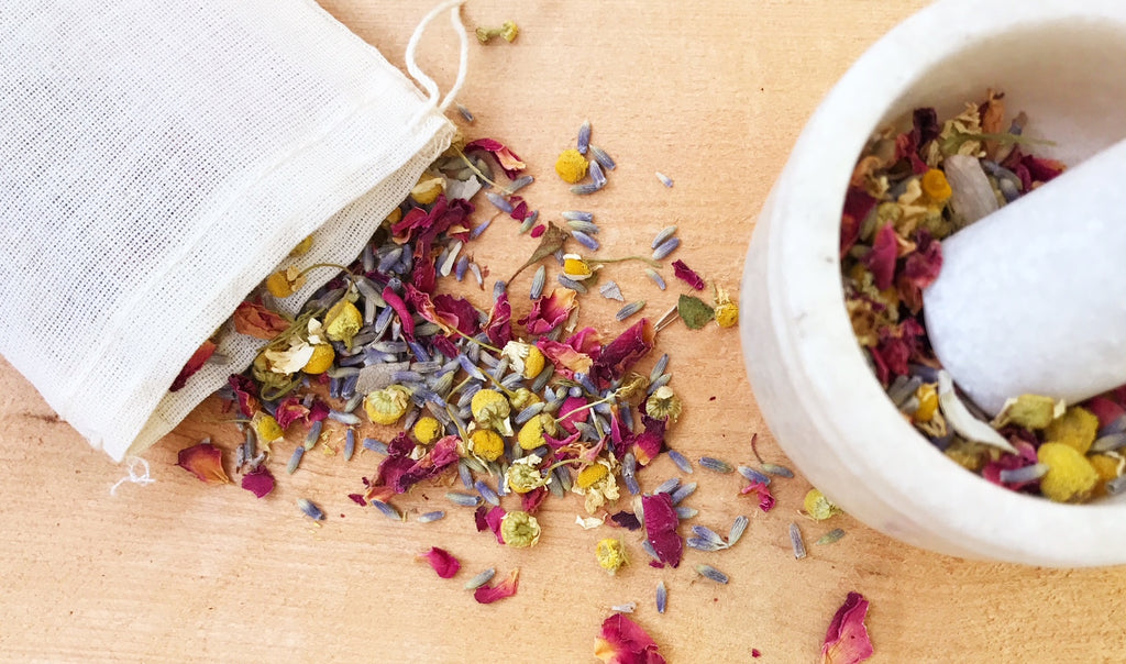 dried flowers in a sachet