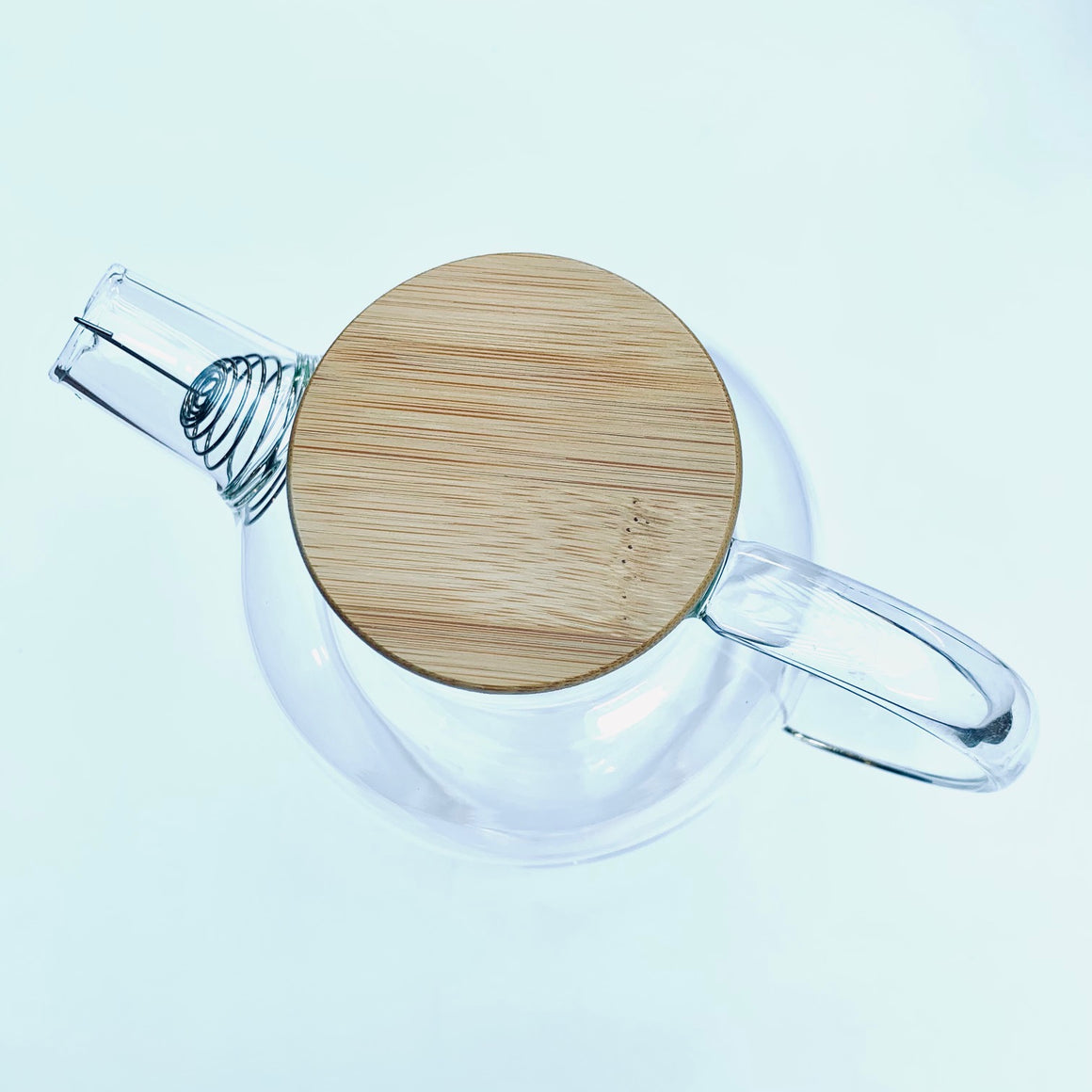 stovetop safe glass kettle with bamboo lid and strainer