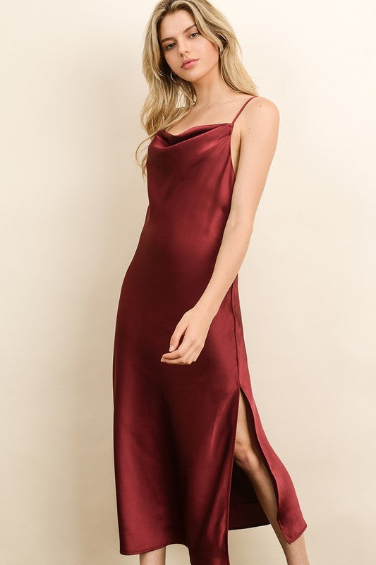 Vicky 90s Satin Dress In Burgundy