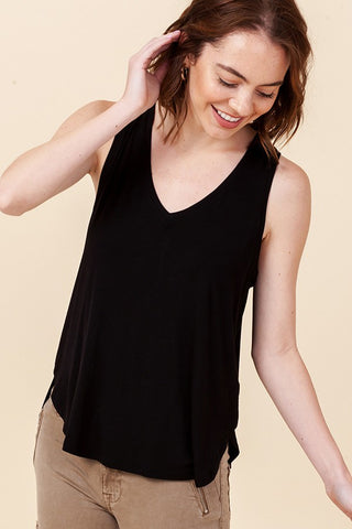 Deia V-Neck Tank In Black