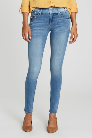 Gisele Highrise Skinny Jeans in Naples