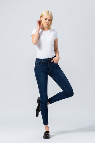 Mid-Rise Xtra Lycra Ankle Skinny Jeans in Day Dreamer