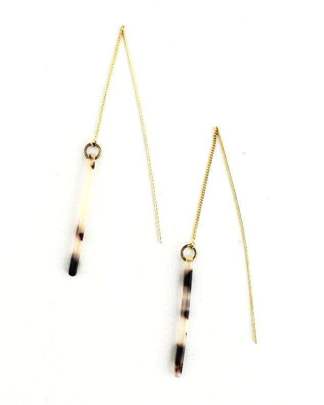 Evette Tortoise Earrings, Black/White