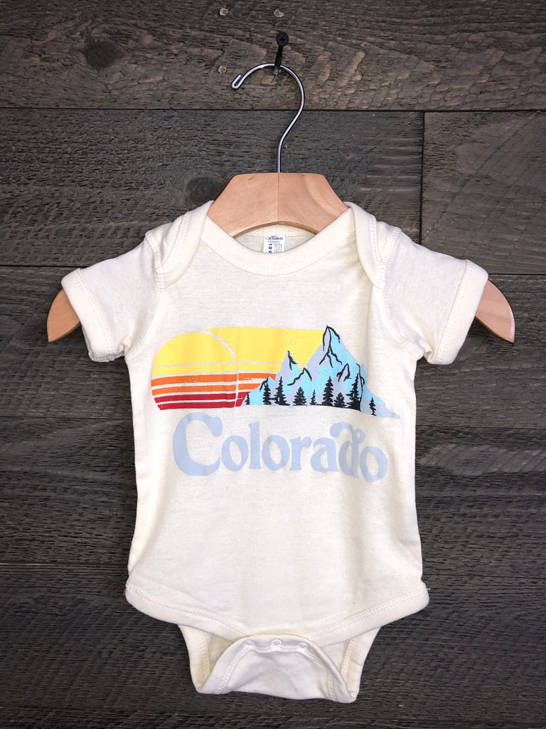 Savvy Threads Colorado Onesie In Oatmeal