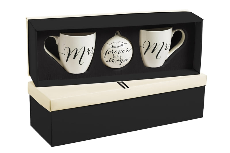 Newlywed Mugs and Ornament Gift Set