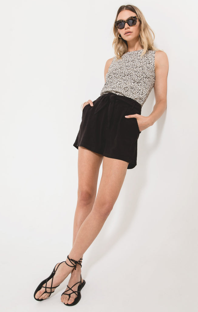 Cassinella Shorts in Black