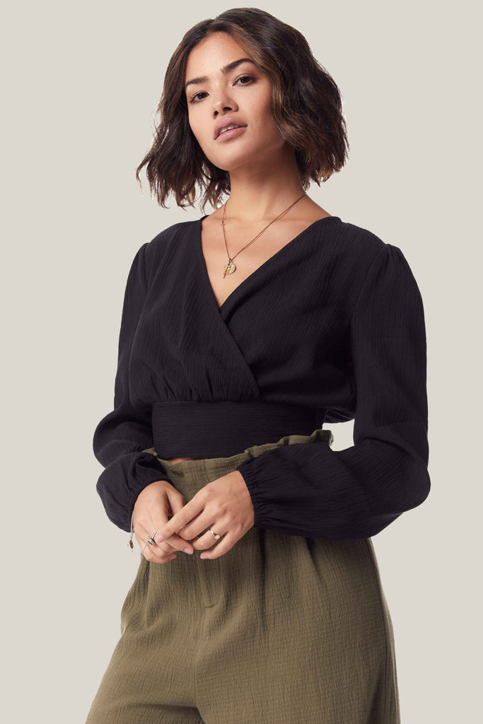 She's A Drifter Black Cropped Blouse
