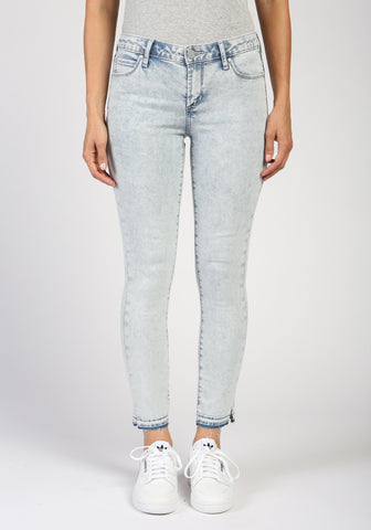 Suzy Caicos Denim