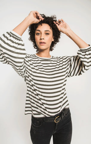 Z Supply THE CANYON STRIPE PEASANT TEE In Rosin/Champagne Mist