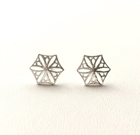 Colorado Snowflower Studs, Silver