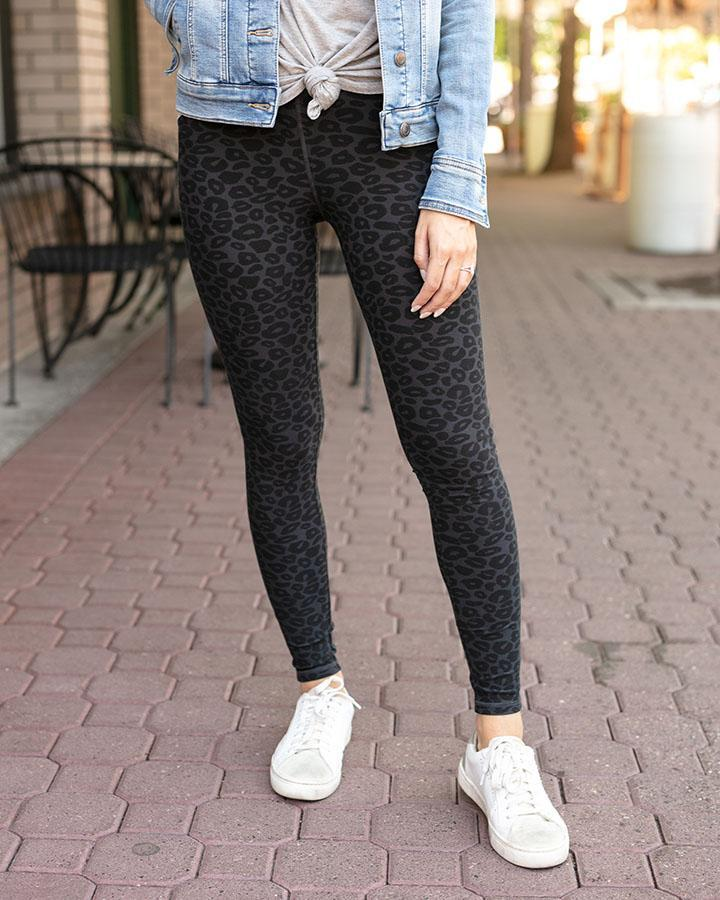 Live-In Pocket Leggings By Grace & Lace, Black Cheetah