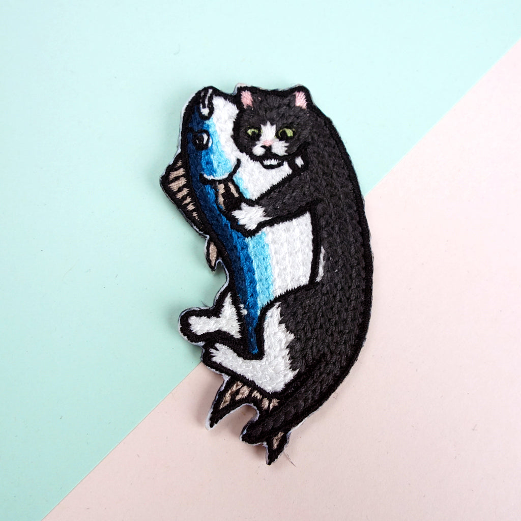 Cat Hugging Fish Iron-on Patch
