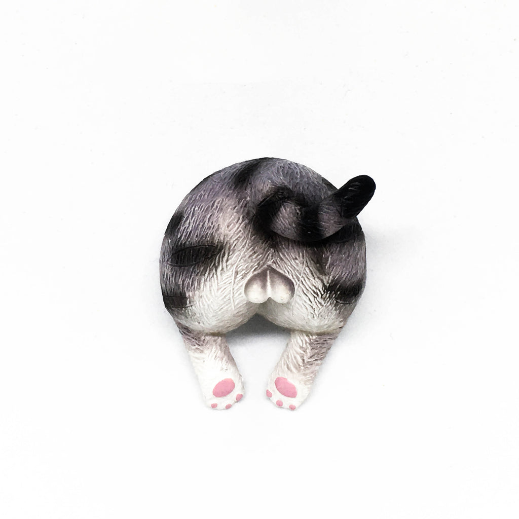 Cat Bum Magnet - Black stripes