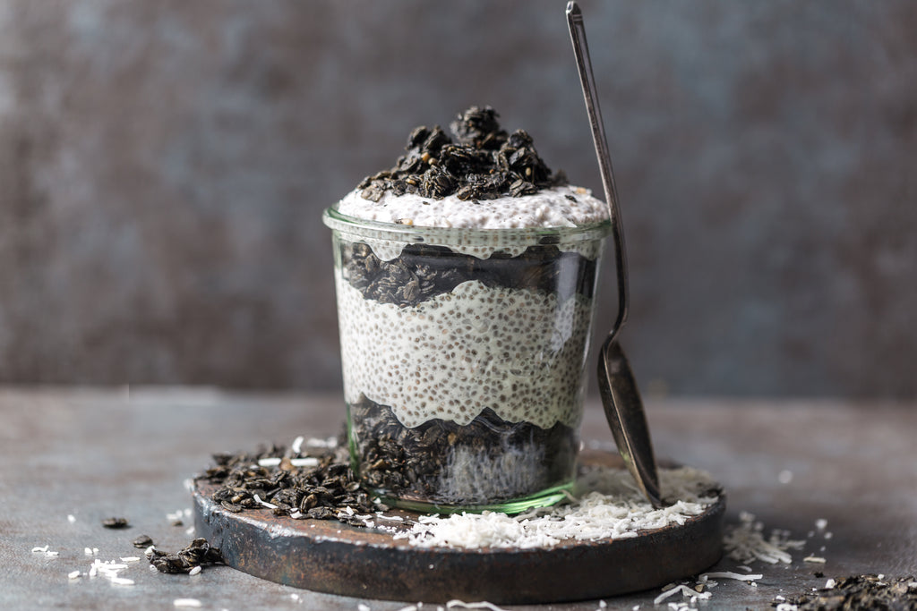 """Cookies 'n Cream"" Coconut Chia Pudding"