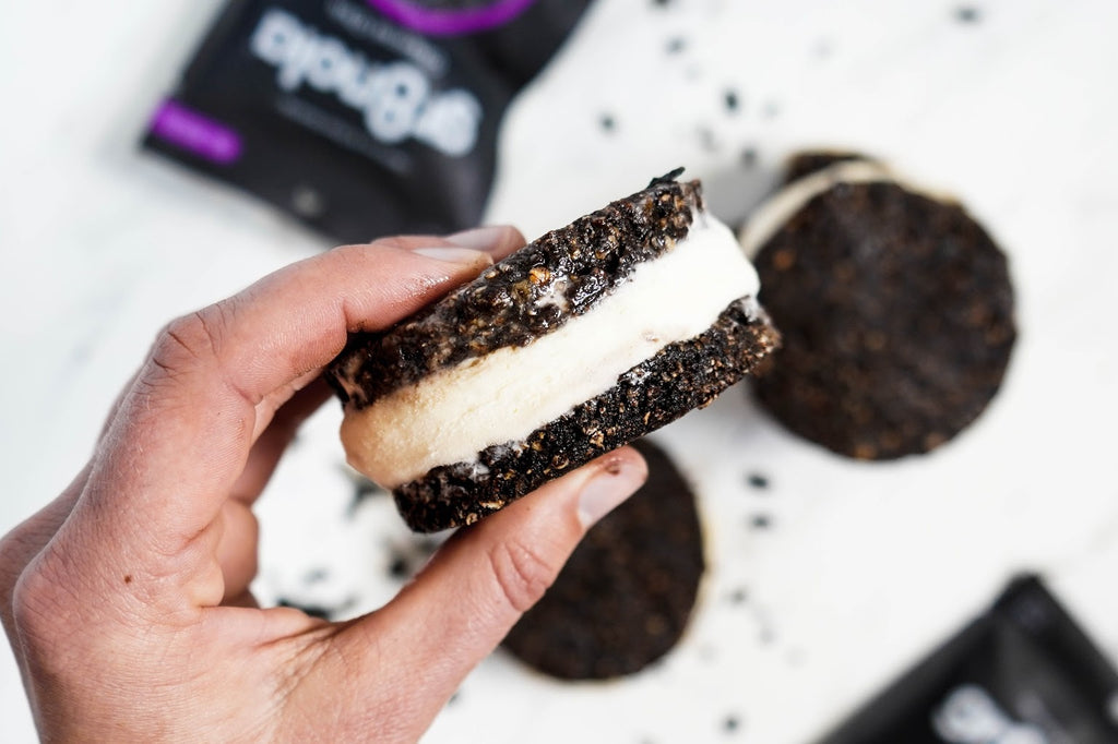 Vegan Oreo Nice Cream Sandwiches