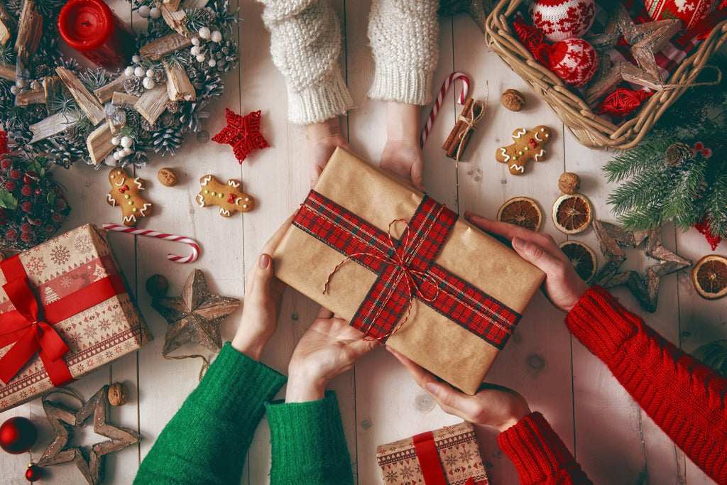 Our Gr8 Healthy Holiday Gift Guide 2020