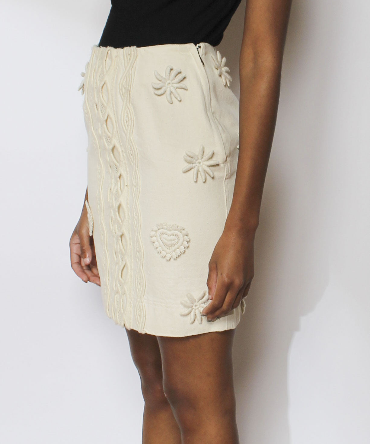 Alberta Ferretti Jeans Cream Denim Pencil Skirt with Knit Appliqués - C.Madeleine's