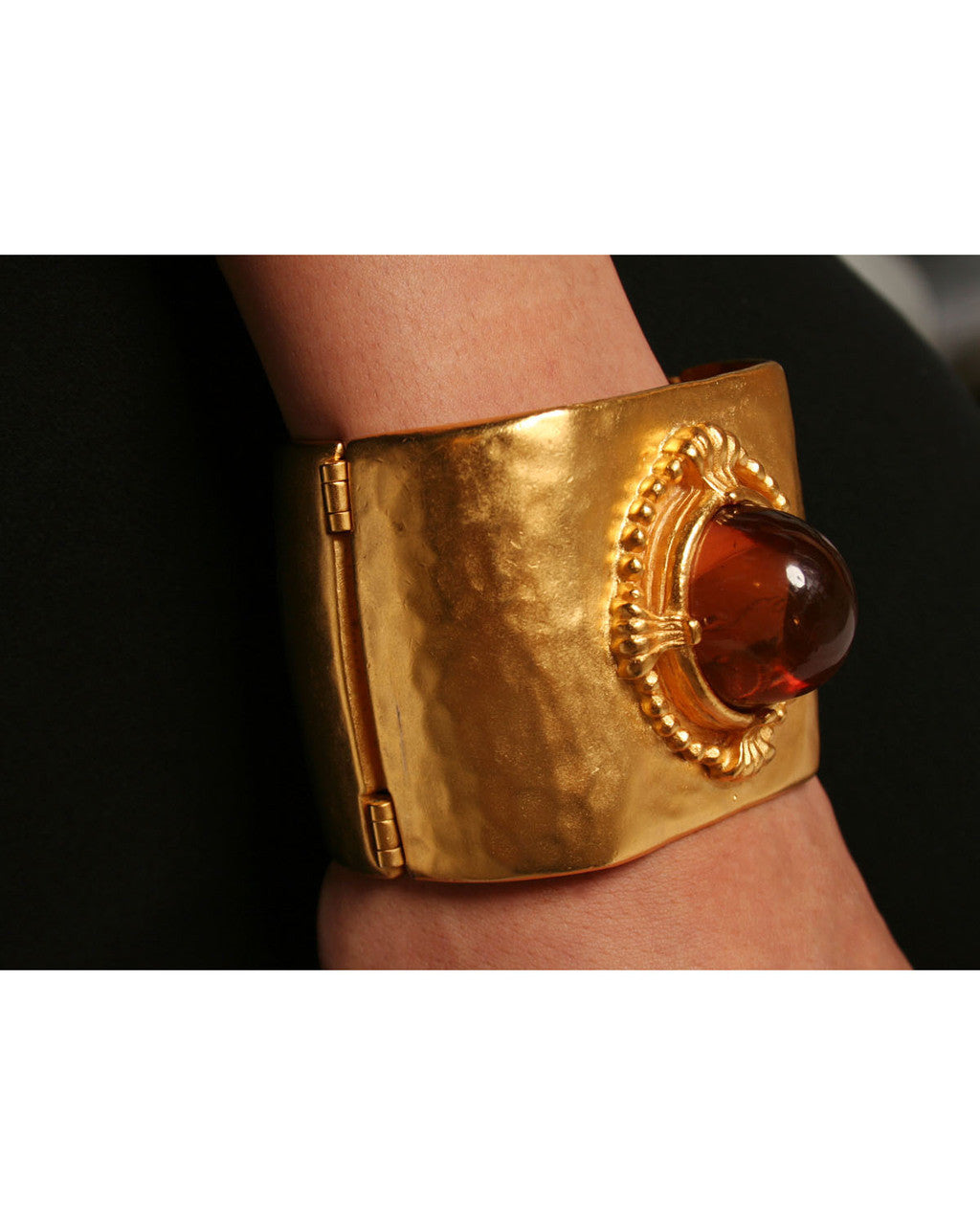 Karl Lagerfeld 1990s Gold Tone Clamp Cuff