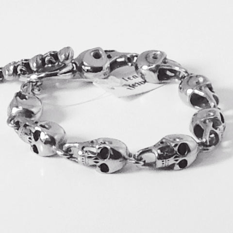 3D Skull heads bracelet with skull toggle - Unleashed Jewelry