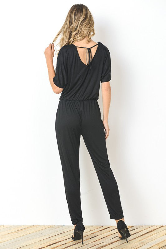 Chic Cold-Shoulder Jumpsuit (black)