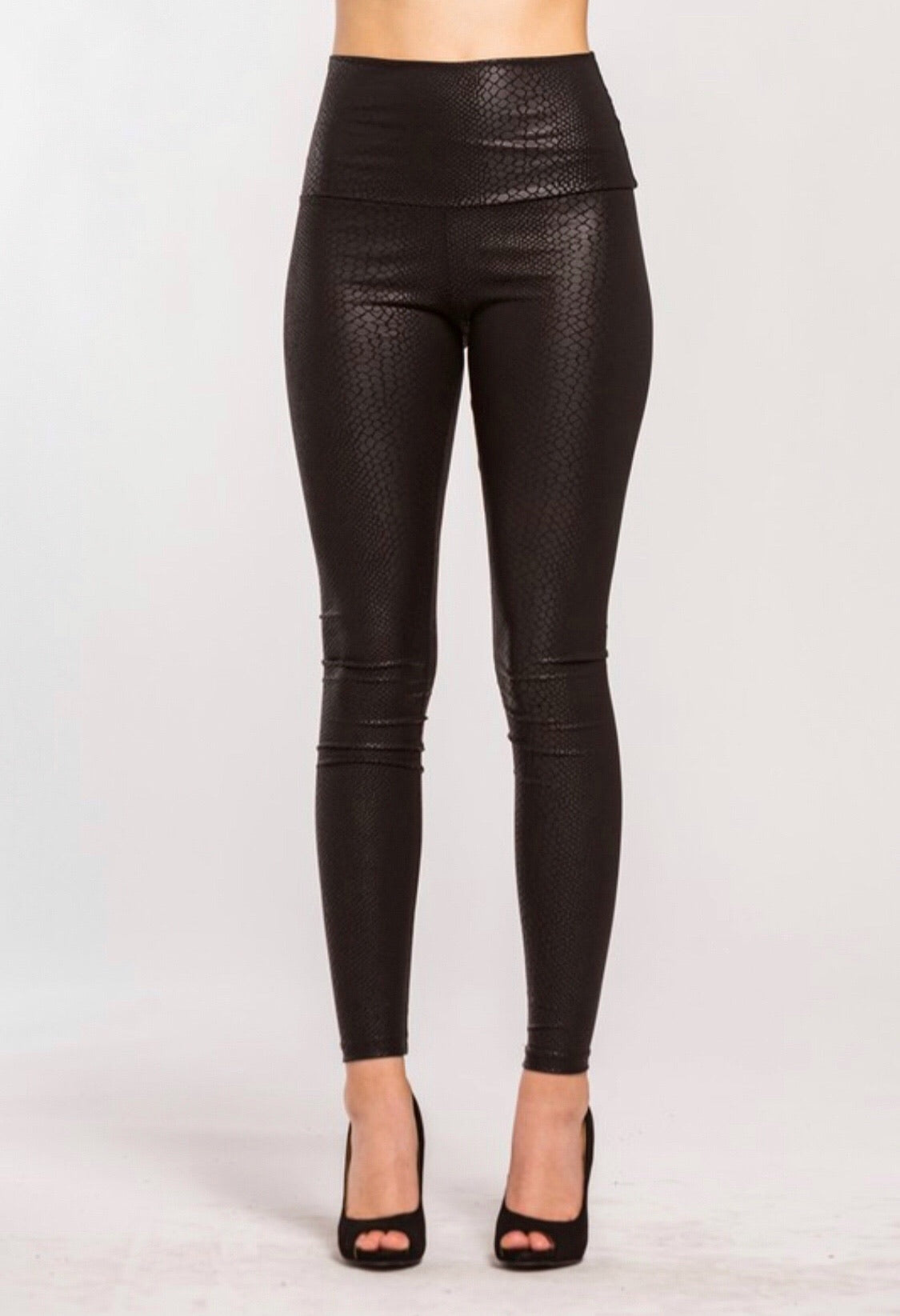 Snakeskin Faux Leather Leggings (black)