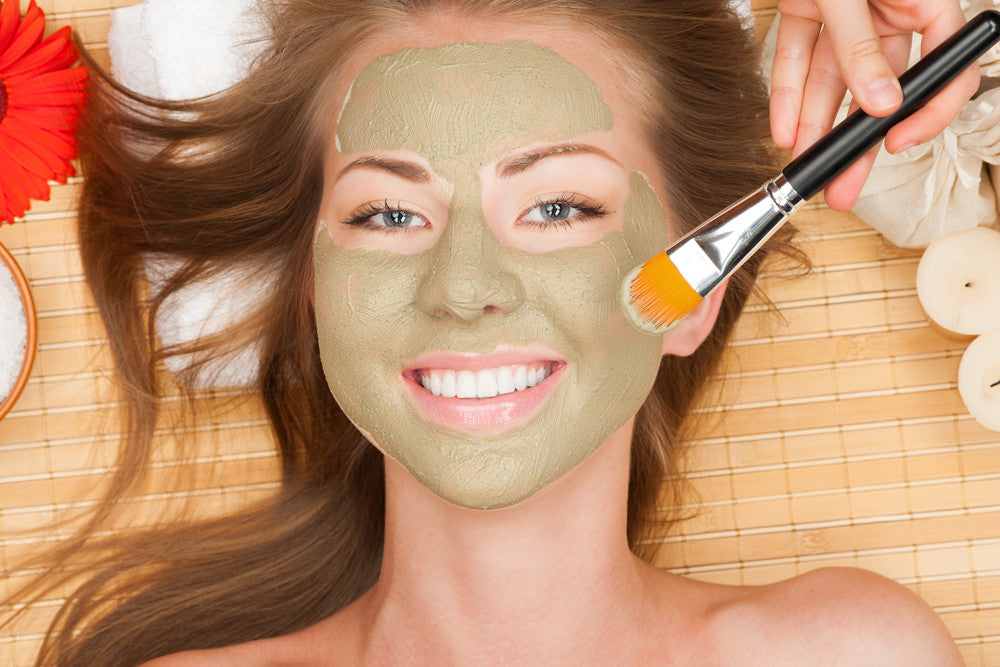 Clay Mask with Matcha, Coconut, and Honey