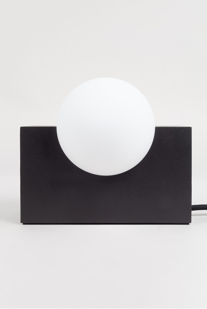 Milligram / Form Light - Black Rectangle