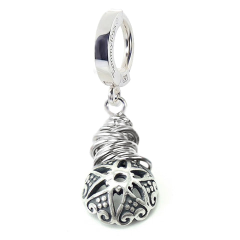 TummyToys® Patented Clasp. Quality Belly Bars. TummyToys® Saltwater Silver Floral Beaded Clasp