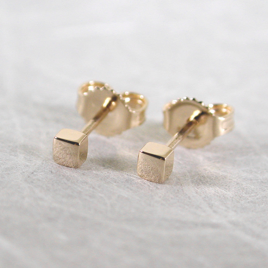 2.5mm square studs 14k yellow gold stud earrings high polish