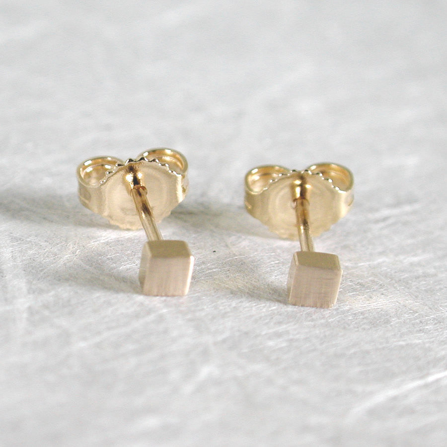 brushed 14k yellow gold stud earrings 2.5mm square studs