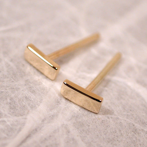 5mm 14k yellow gold bar stud earrings