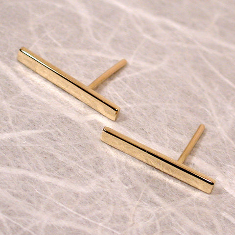 18k gold bar earrings 15mm yellow