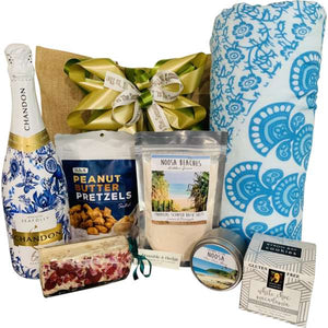 Noosa Holiday's Gift Hamper - Gifts2remember