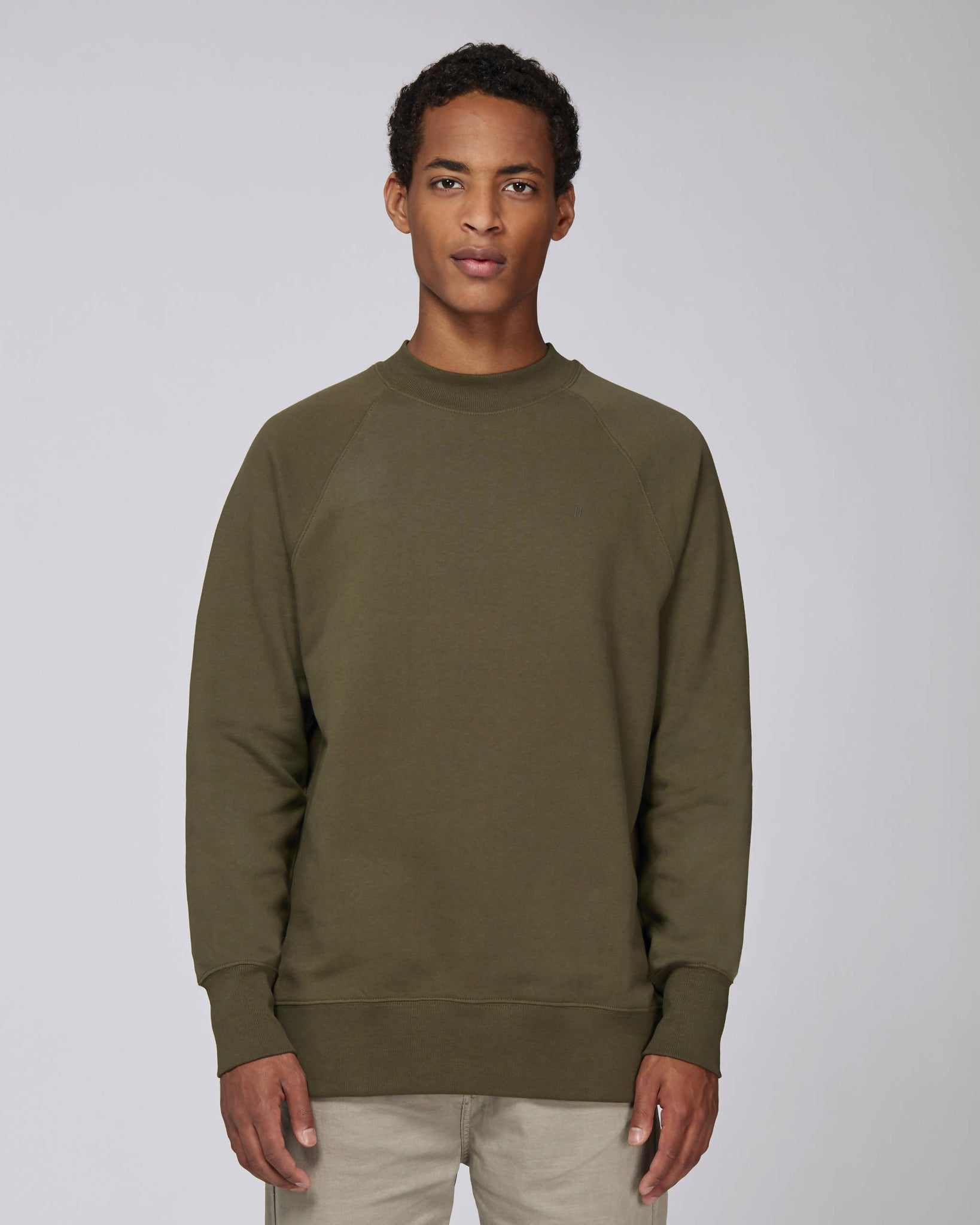 Sweat-shirt col montant kaki