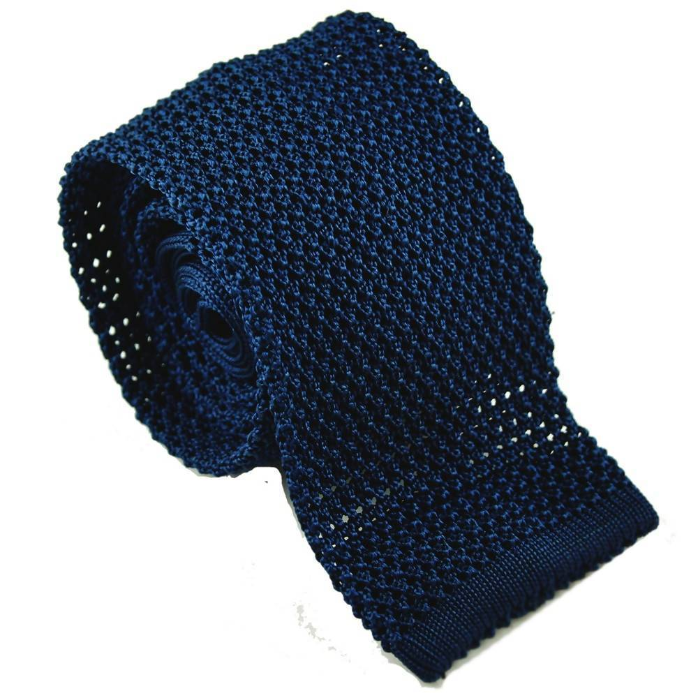 Cravate en tricot de soie bleue marine par Monsieur London
