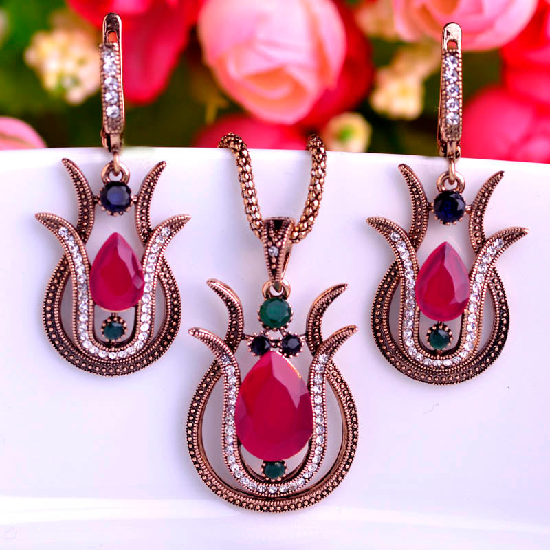 Vintage Style Green Tulip Flower Jewelry Set