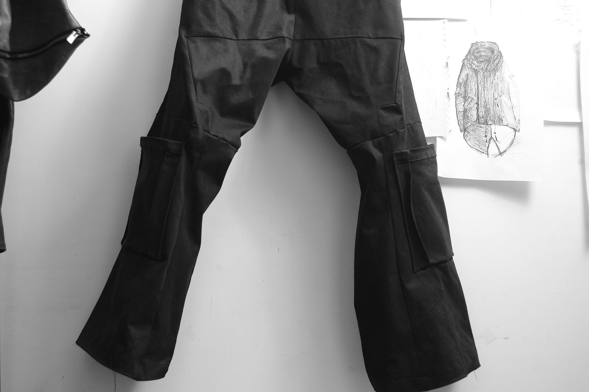 8 pockets drop crotch wide leg pants