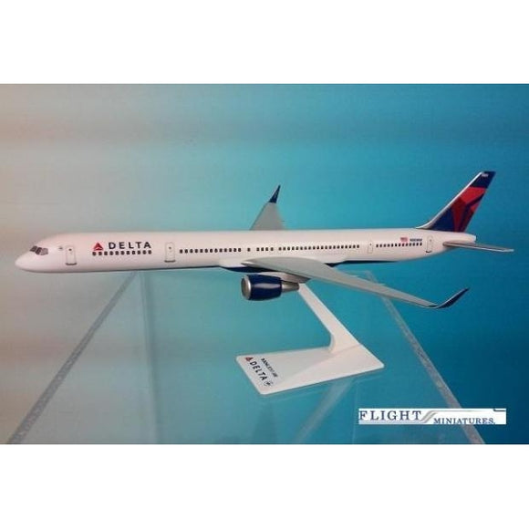 Flight Miniatures Delta Air Lines Boeing 757-300 - Airliner Replicas