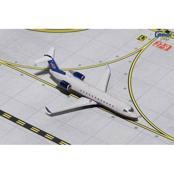 1:400 GeminiJets United Express Bombardier CRJ-200 - Airliner Replicas