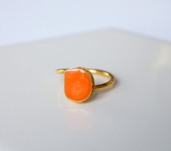 Zivanora-fearless_bypass_ring_orange