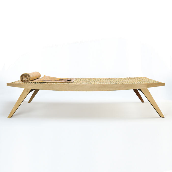 Lambda daybed by Norfolk based furniture designers par-avionWorldwide.