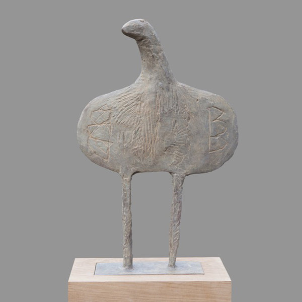 ROUND WINGED FLAT BIRD. Sculpture by Cambs artist Christopher Marvell