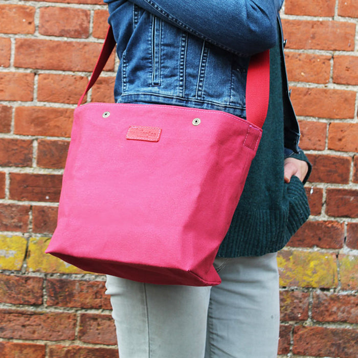 Foraging Bag - Cerise Pink (Medium)