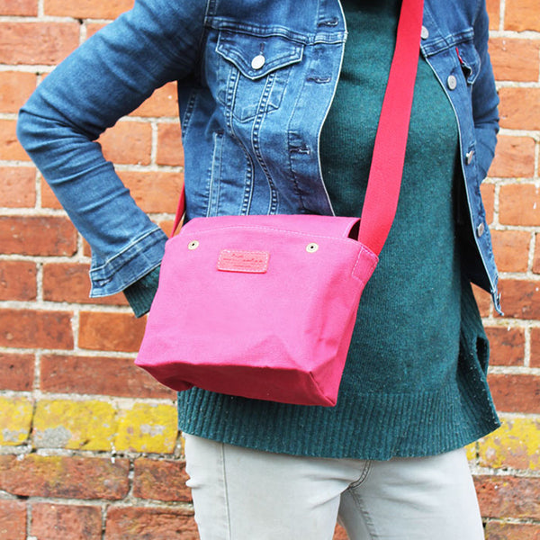 Foraging Bag - Cerise Pink (Small)