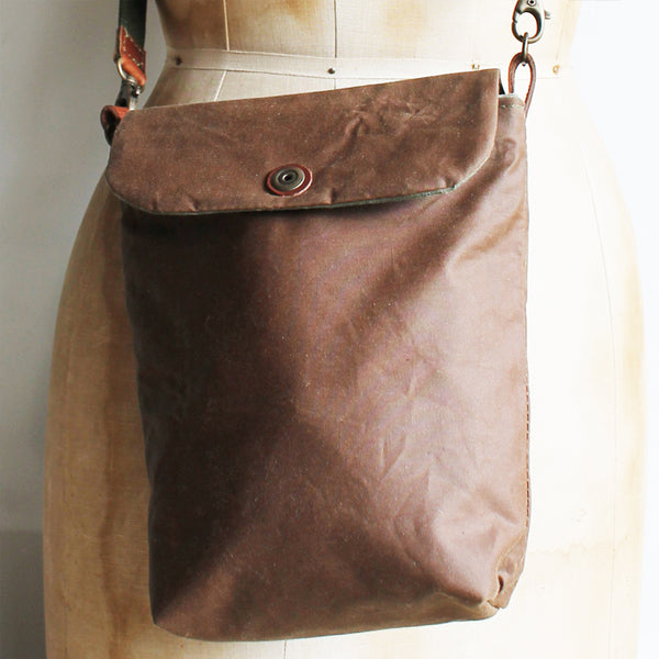 Tall Small Washer Bag - Cinnamon