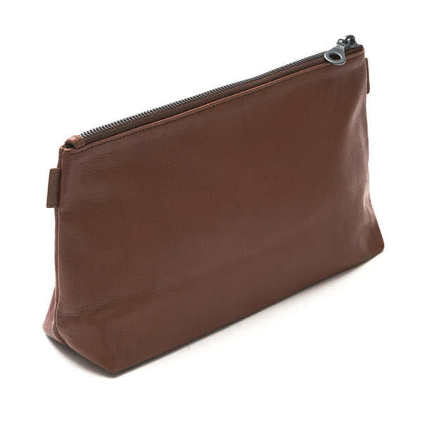 Washbag - Tan. Luxury leather goods by Norfolk based designers Richings Greetham