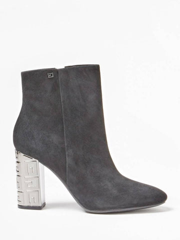 GUESS LARIAH SUEDE ANKLE BOOT