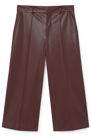 SKATIE LEATHER LOOK CROPPED PANTS